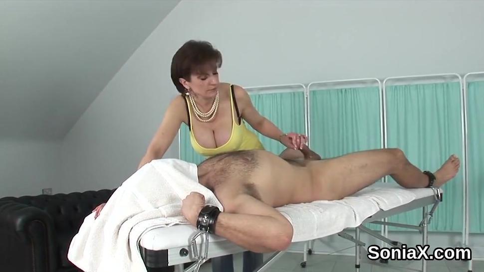 Unfaithful english mature lady sonia displays her massive boobs