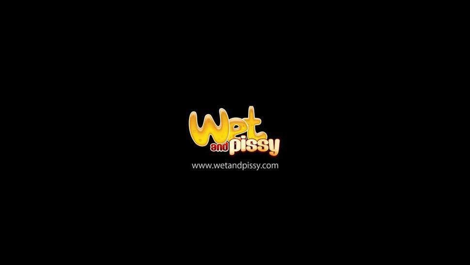 Peeing compilation - Wetandpissy