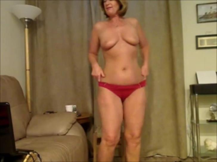 Beautiful Mature Woman an Hot Sexy Granny 4YOU