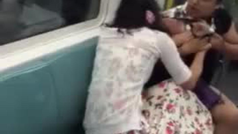 Subway Women Fight ! Hot ! ?????????????? ????