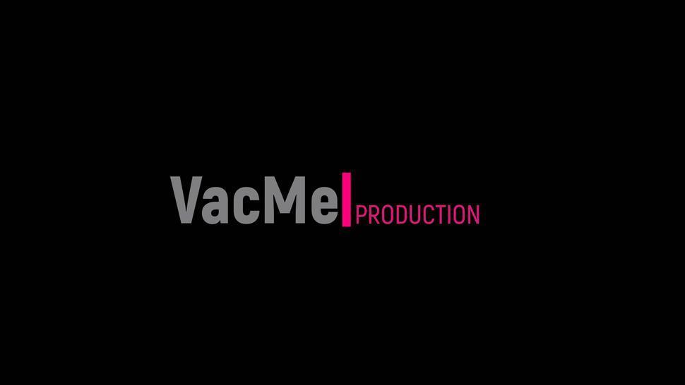 ?VacMe?Handjob Orgasm torture in latex vacbed