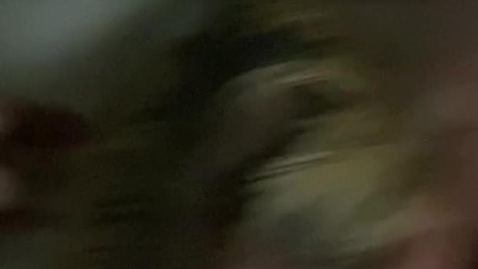 British Tinder Slut Blowjob Deepthroat in hotel
