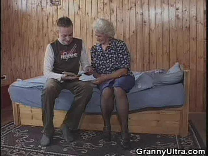 GRANNY ULTRA - Granny Gets Laid With A Younger Gent