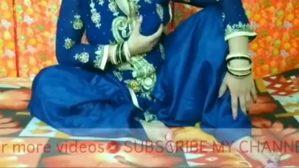 Desi Desi brother-in-law gives urban sister-in-law a thick black hole !!!