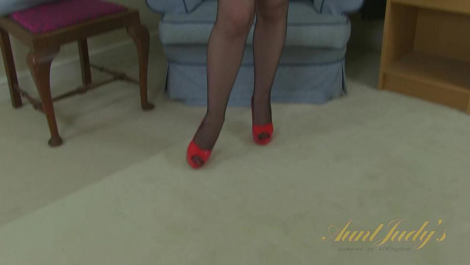 Vintage Redhead Plays With Toys - Red XXX