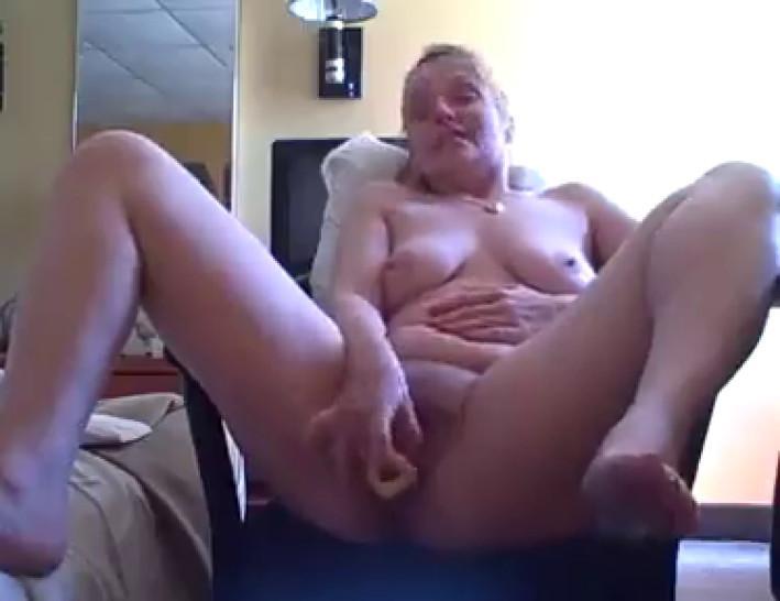 Порно Муж Дрочит Жена Стонет