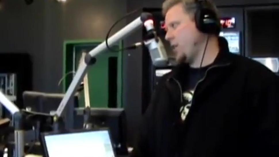 2 girls hypnotic orgasm on radio