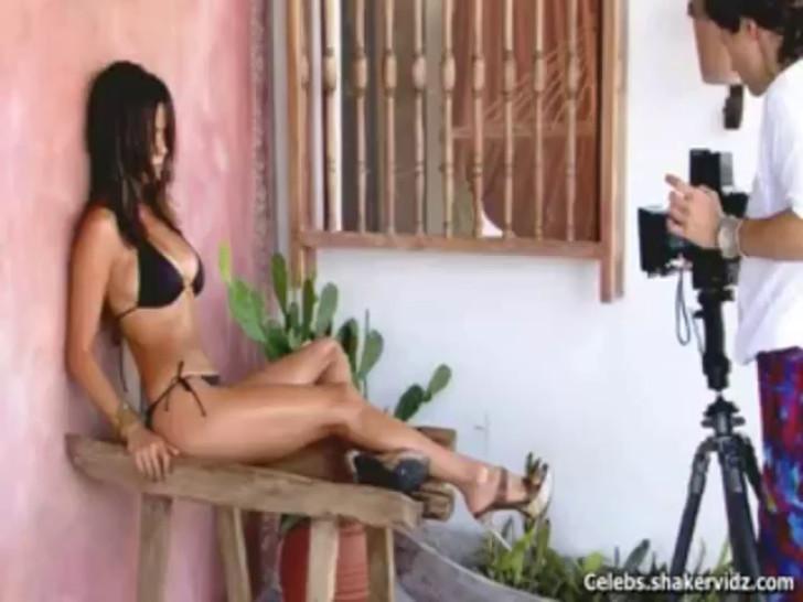 Brooke Burke Bikini Shoot