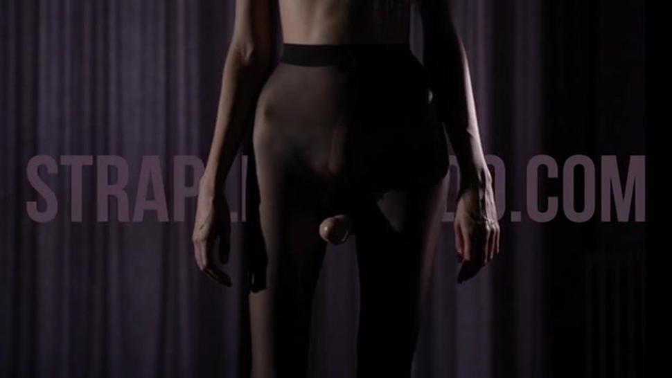 Maria Pie In Latex Strapon Cums - Patricia Patritcy