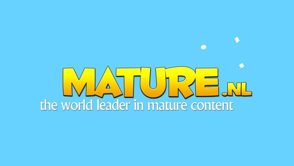 Mature.nl - Beautiful mature lady showing herself