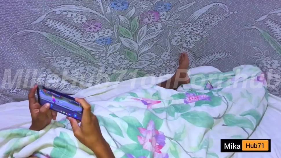 Distracting My Bf While Playing Mobile Legends - Pinay Cctv Viral Scandal