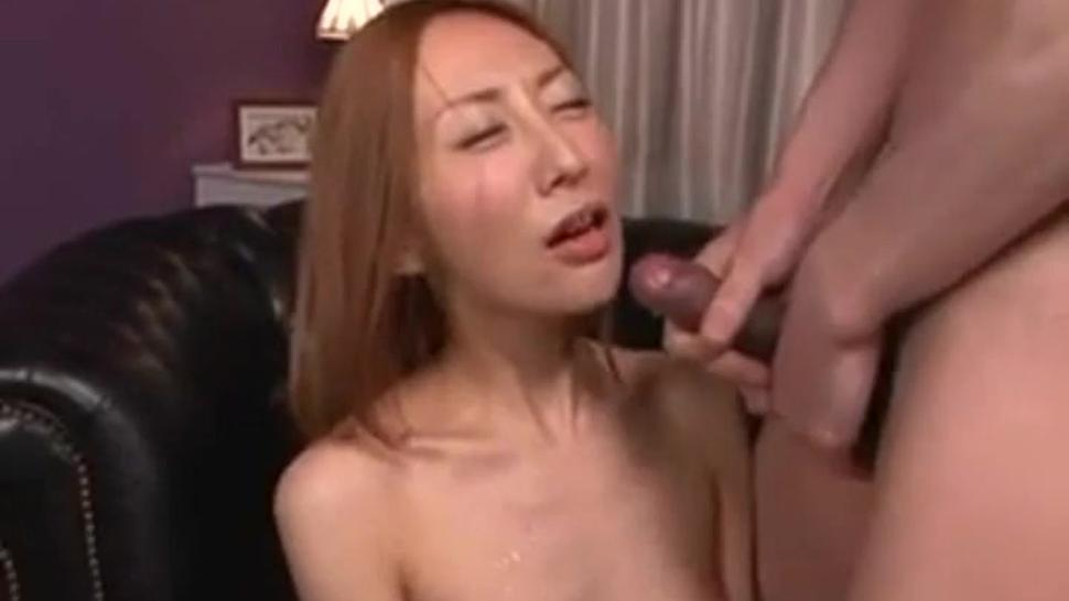 Japanese cure girls cumshot
