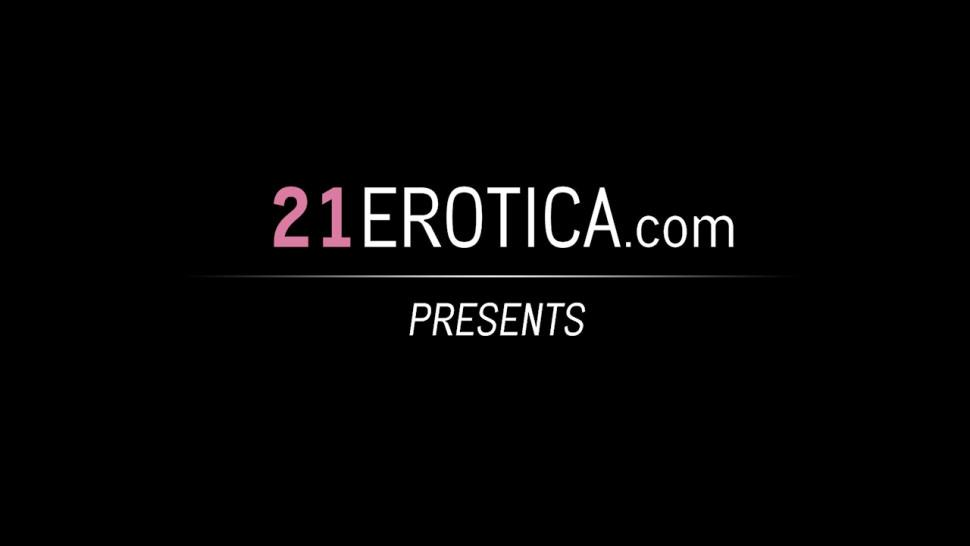 21EROTICA - Tantalizing beauty with beautiful feet rides the big cock