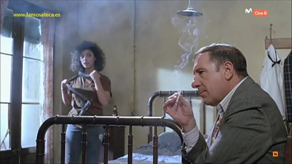 Maribel Verdu desnuda - Sinatra