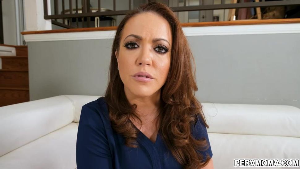 Carmen Valentina gave Alex cock pampering blowjob
