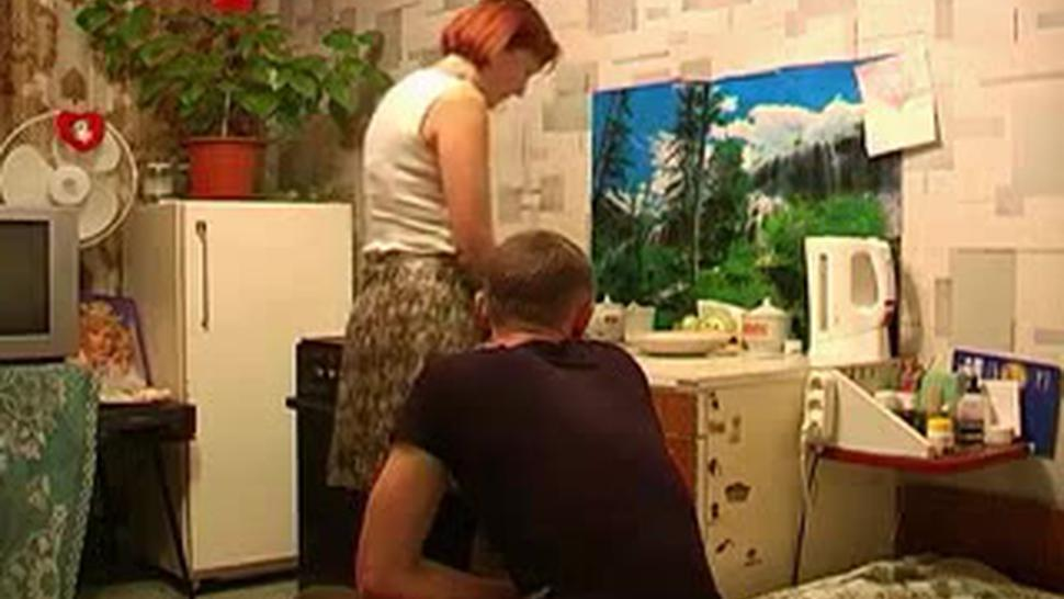 Russian Mom Home Fuck Time Young Guy Voyeur
