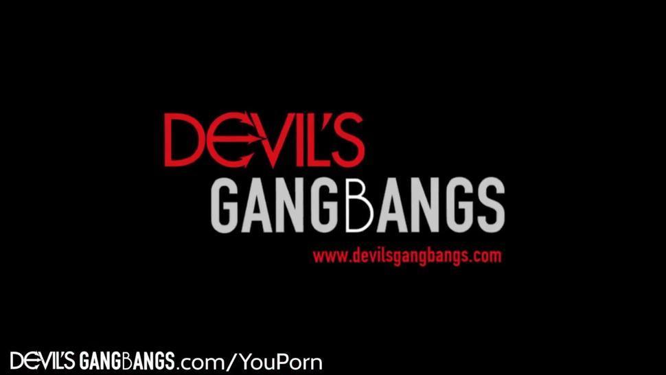 DevilsGangbangs Skyler Nicole Double Penetrated