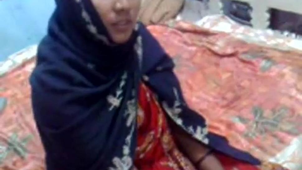 Deshi Mature Aunty hard screw by nephew