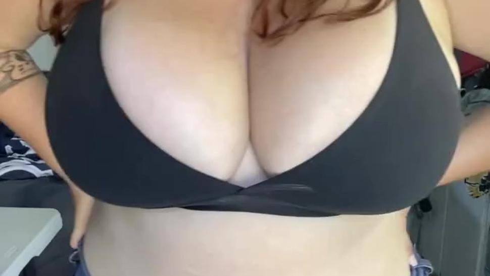 Thicc & Busty Woman Huge Knockers & Ass