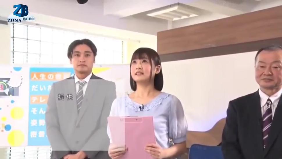TV reporter girl Japanese