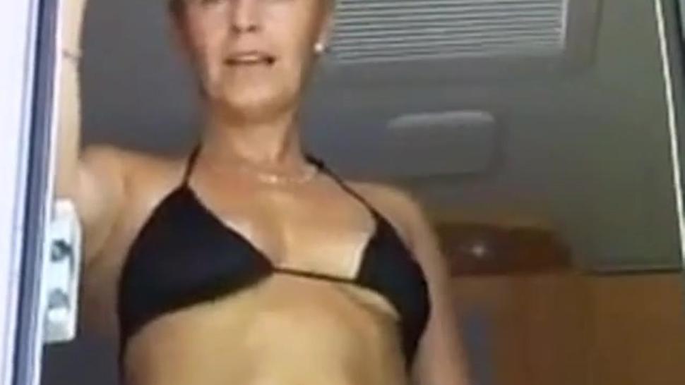 Bikini - Clad Skinny Girl takes Dick in her mature Pussy