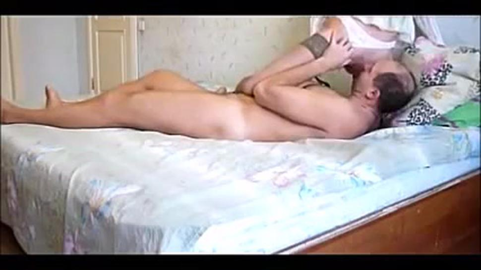 Homemade Russian Couple In Bed