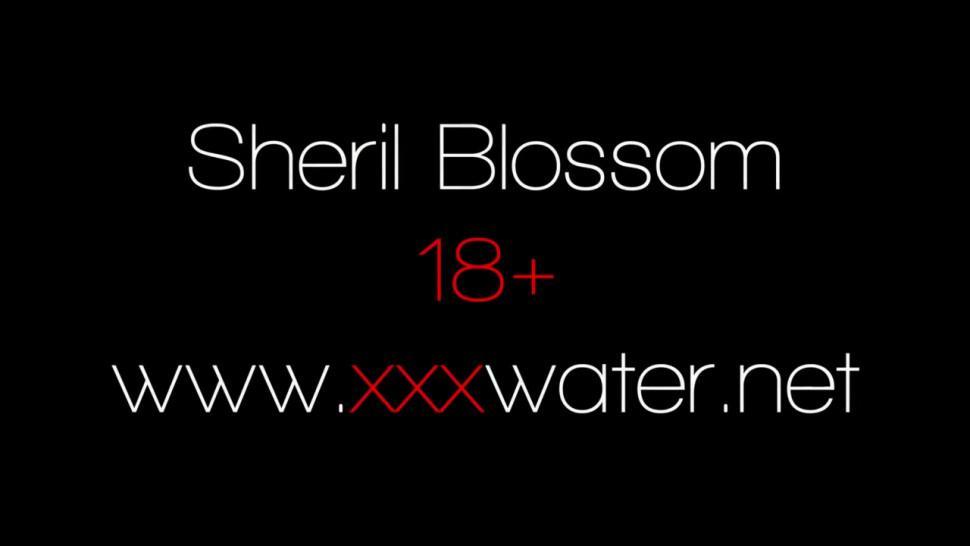 Sheril Blossom super cute big boobs underwater