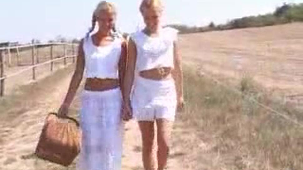 Sophie Moon And Jenny Sanders - Sophie Moone