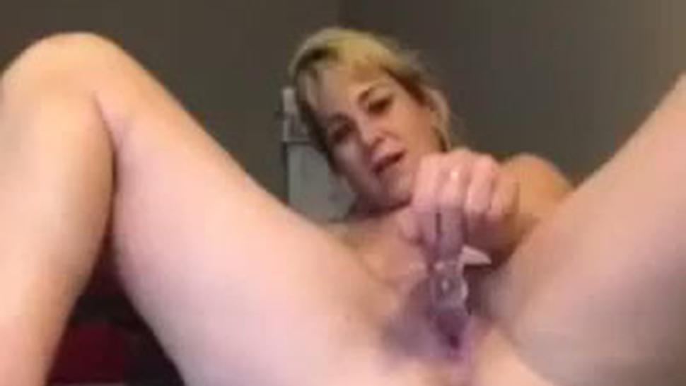 Huge Squirt From Shannon Dubois