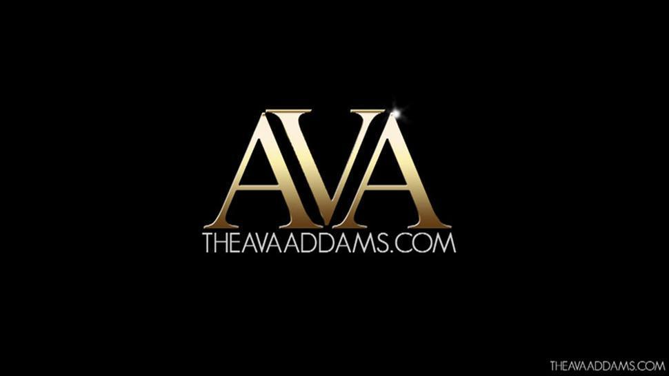 Sensual Brunette Presents Her Fantastic Feet - Ava Addams