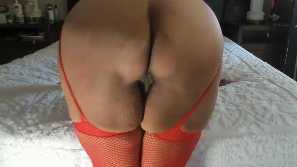Mature woman very hairy pussy