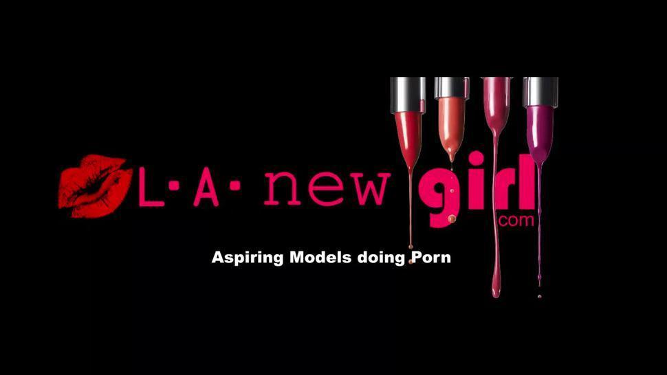 New Model Sucks Dick At Photo Shoot Casting