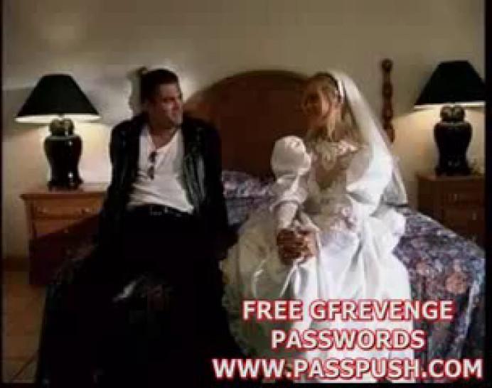Julie Meadows Bridal Sex - video 1