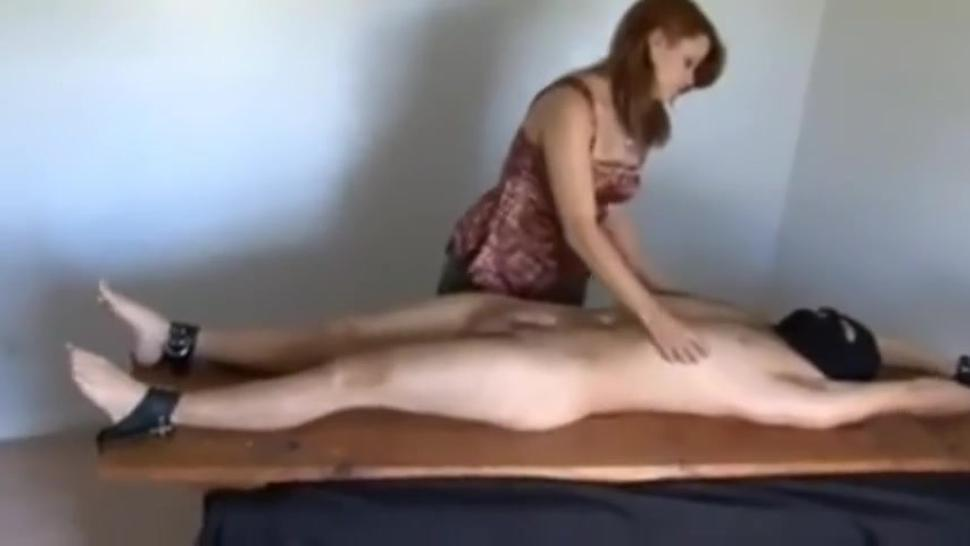 She loves to masturbate men.Post orgasm handjob (CONSENSUAL)