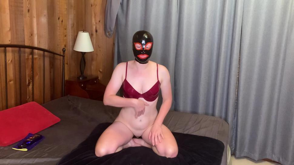 Amateur latex dressing, fucking, sucking, and squirting all over him