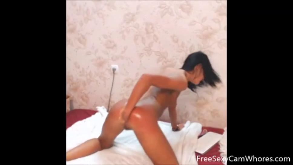 Hot Russian Bitch Hardcore Ass Fisting On Webcam
