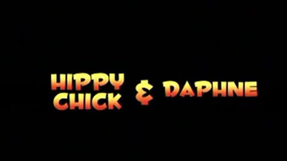Hot sexy Plumpers 4 Hippy Chick and Daphne