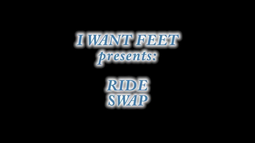 Dre Hazel feet swap riding