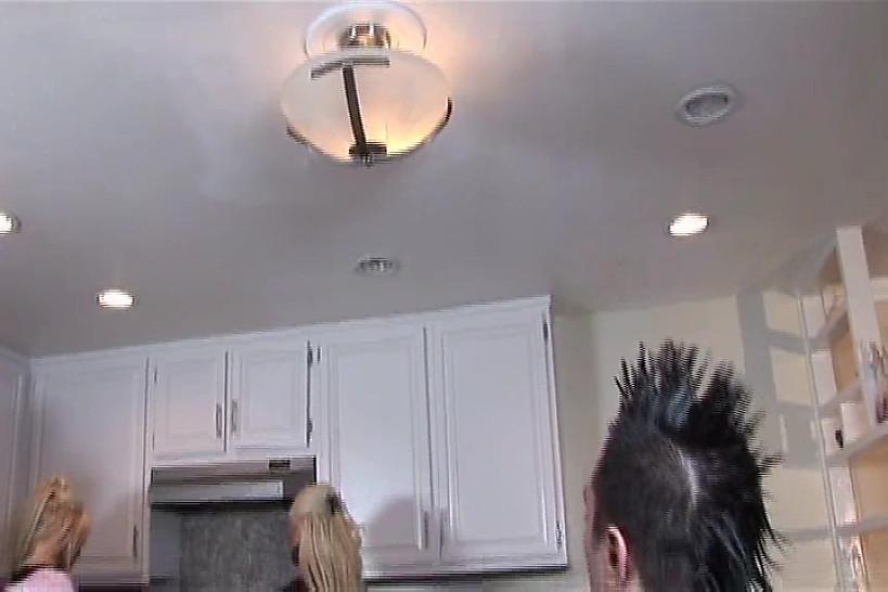 FSIP - Hot Blondes In Kitchen Threesome