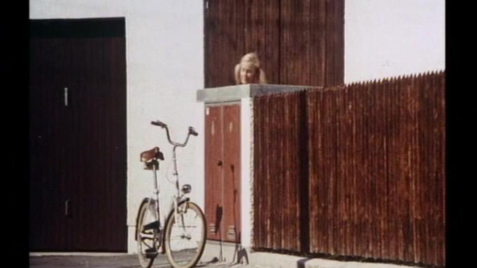 Bibi (Girl Meets Girl) (1974)