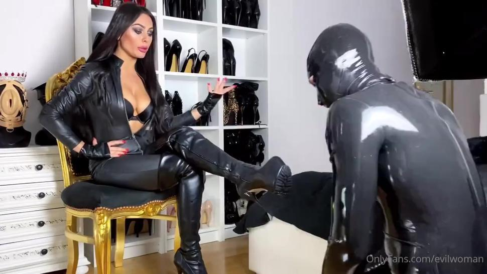 Lick domme boots