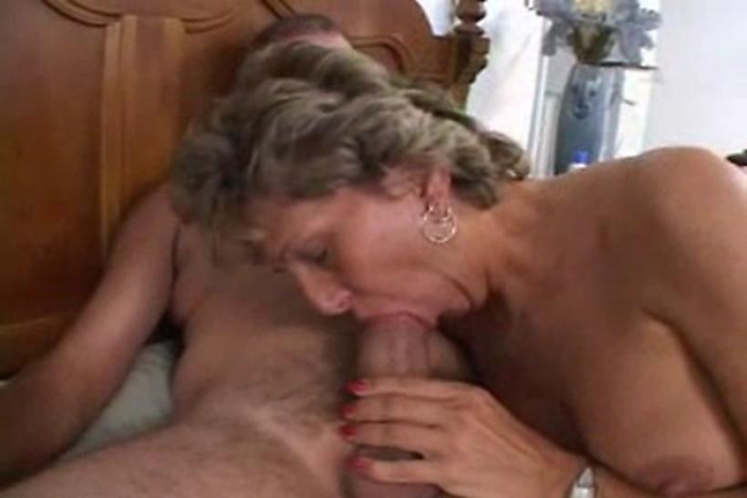 Mature Amateur Couple Oral Sex