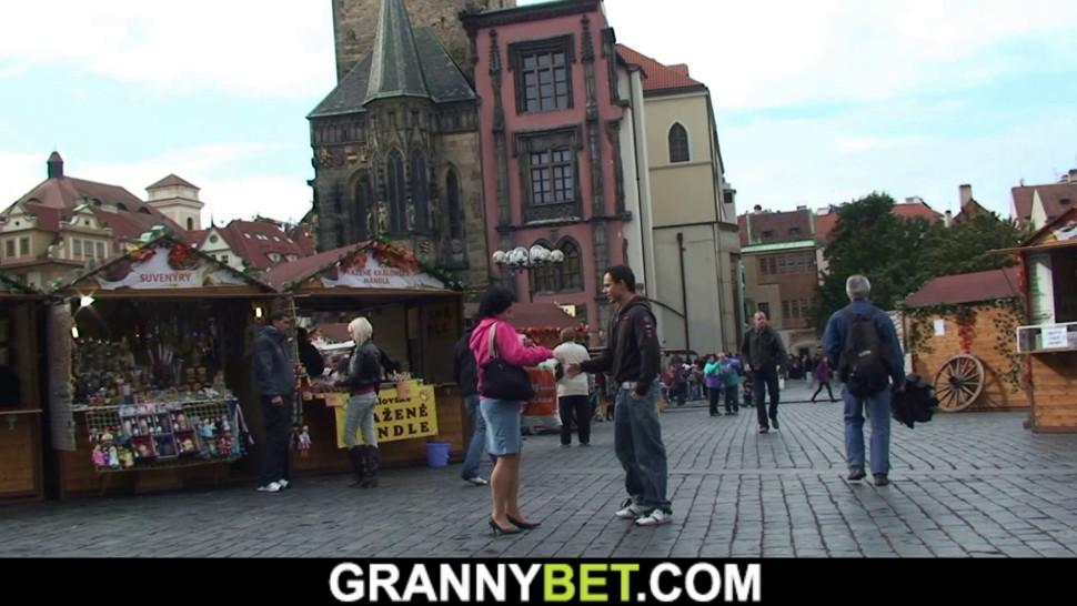 GRANNYBET - Picked up skinny granny takes it from behind