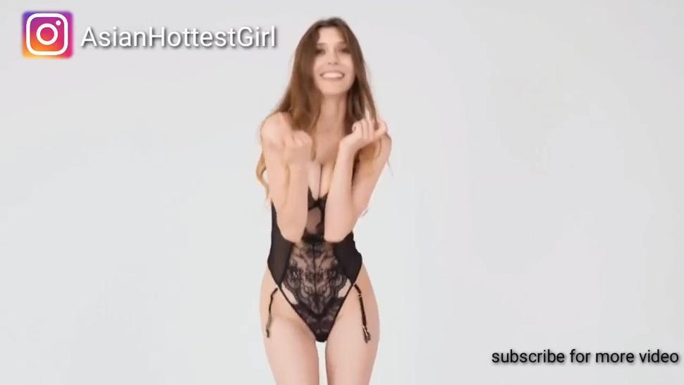 Elizabeth Olsen nudes