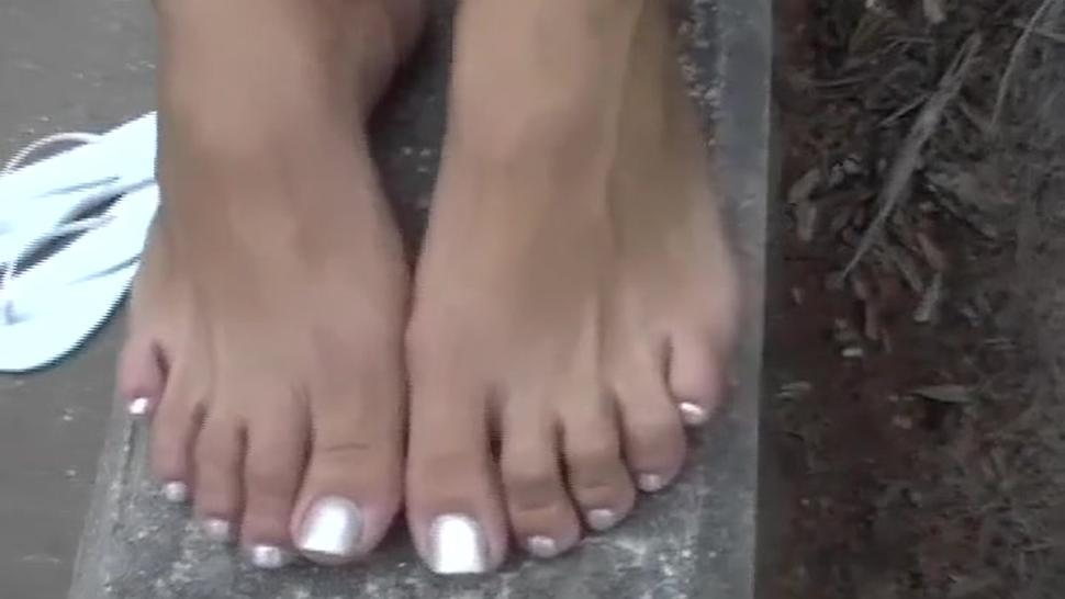 Blonde College Girl's Feet Candid Interview