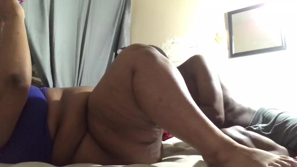BBC CLEANS OUT EBONY PUSSY WITH TONGUE AS SHE CUMS