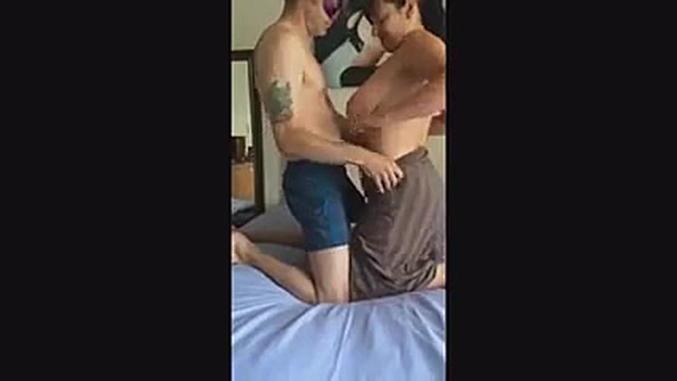 Amateur Threesome. Wife Likes Double Penetration