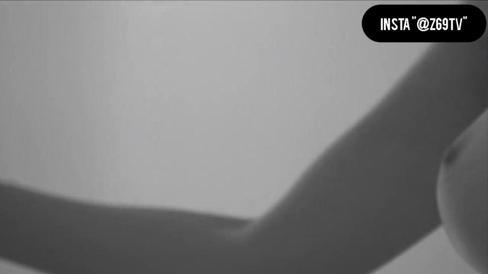 Elenore Makes Love 2015 Lesbian Sex Scene