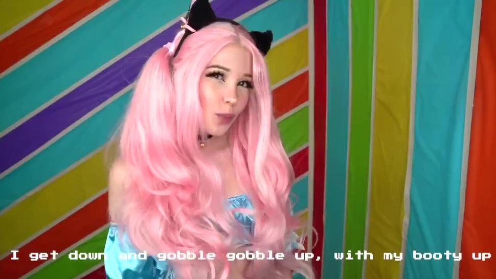 Teen/public/delphine back belle im