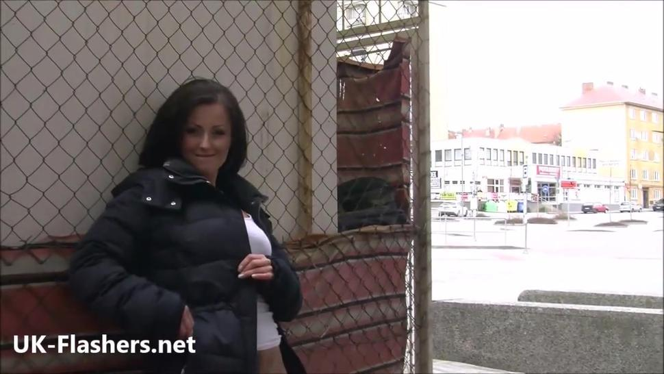 Flashing Belindas daring public nudity and outdoor masturbation of brunette amateur girl toying outdoors in the streets